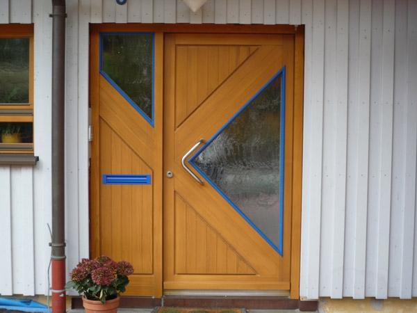 Holz Hausturen Naturliche Asthetik Mit Charakter Buhlmaier